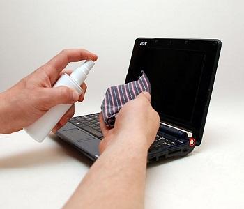 Dịch vụ vệ sinh laptop tại nhà
