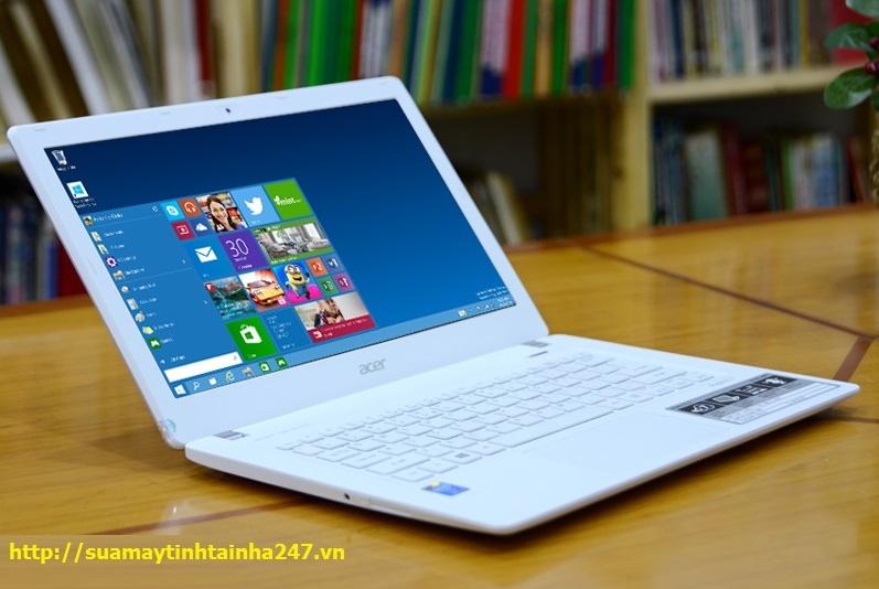 Thay màn hình laptop Acer tại nhà